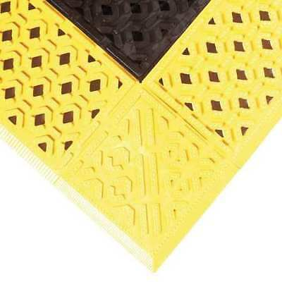 """NOTRAX 520S3036BY Drainage Mat,Black wYlwBrdr,2ft. 6""""x3ft."""
