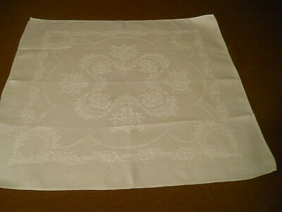 Set 6 White Linen Damask Dinner Napkins  22X22 1/2 Inches Floral Pattern
