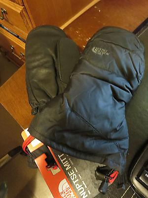 New Arcteryx North Face Nuptse Mitts SIze Large Color Black