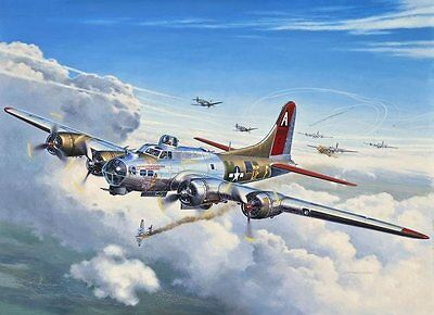 B-17G Flying Fortress WW2 Bomber 1/72 scale skill 5 Revell model kit#4283