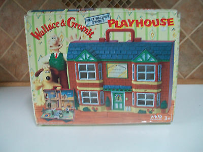 Old Wallace And Gromit Boxed West Wallaby Street Playhouse C/w 8 Figures 1989