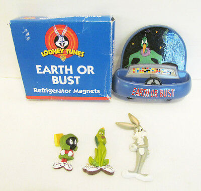 Marvin Martian K-9 Bugs Bunny Looney Tunes Earth Or Bust Fridge Magnet Set & Box