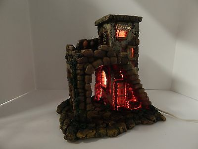 """Fontanini The Inn #50152 Scaled For 5"""" Roman Nativities Good Condition"""