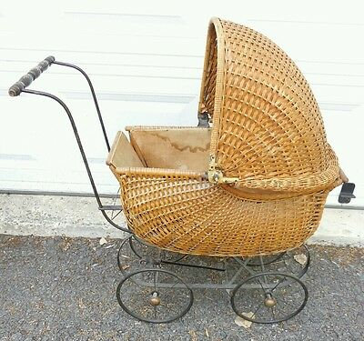 Antique Victorian Wicker Baby Doll Stroller Pram Carriage