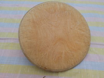 VINTAGE ROUND small SHABBY  WOODEN BREAD BOARD