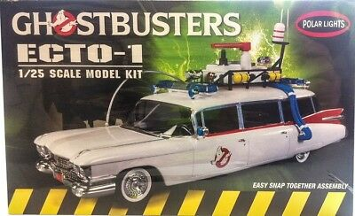 Ghostbusters Ecto 1 Cadillac 1:25 Model Kit Polar Lights Bausatz NEU POL914