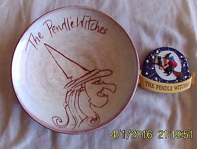 pendle witches BAGDE MAGNET + ASH TRAY CLAY 20 YEARS OLD