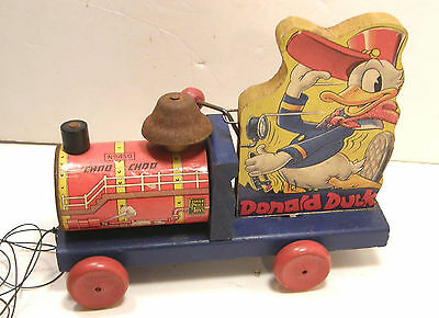 Vintage 1940 Copyright Fisher Price Donald Duck Choo Choo Train Pull Toy # 450
