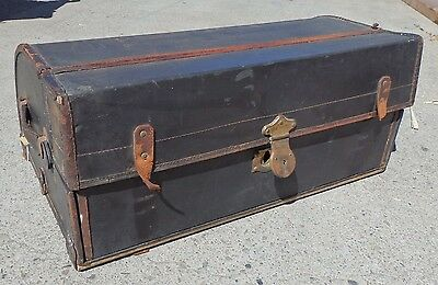 Vintage Automobile Luggage Trunk w/ Removable Storage Tray, Comes with Keys, I6