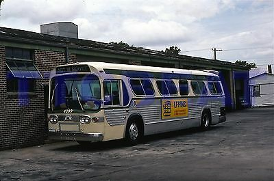 Wilmington Bus Slide: Wta 4309 Gm New Look (1981 Original)