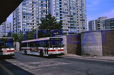 Toronto Bus Slide: Ttc 7102 Orion V (2002 Original)