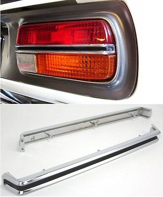 Datsun 240Z Tail Lamp Center Chrome Molding Set Blem Unit  12-J4217B