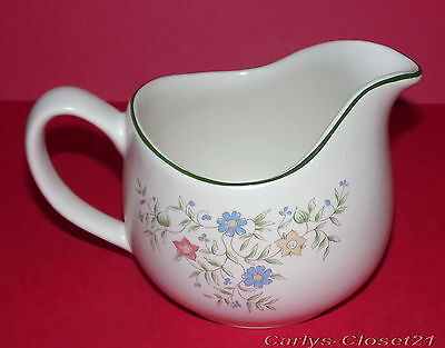 BHS * Country Garland Pottery Gravy Boat / Jug * Sauce *