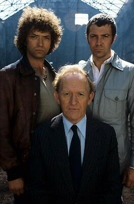 """Martin Shaw / Lewis Collins [The Professionals] 8""""x10"""" 10""""x8"""" Photo 61055"""