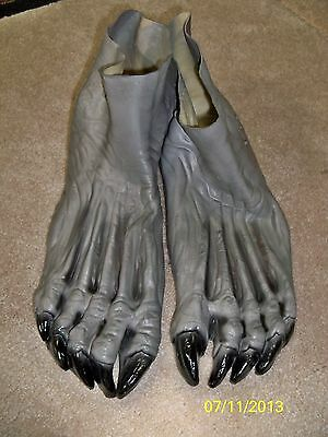 Wolfman Werewolf Monster Grey Gray Feet Shoe Covers Costume Du987