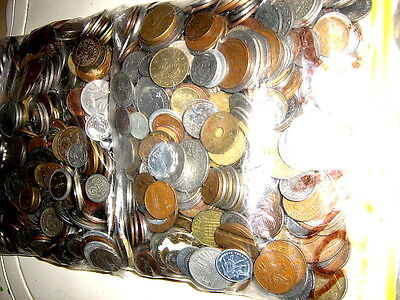 4 Kilos of World Coins in 2 Bags