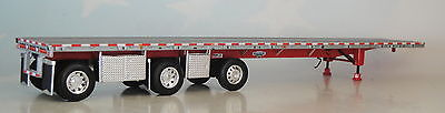 Dcp Silver Red Wilson Flatbed Tri Axle Tool Boxes Trailer 1/64 Diecast 33467