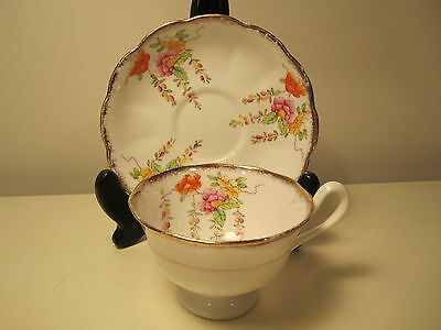 Royal Albert China Tea Cup&saucer  Colorfull Floral Pattern Gold Trim