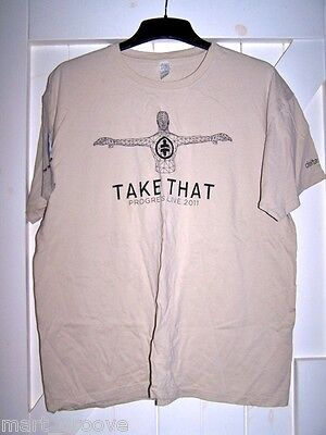Official Take That Crew T shirt NEW 2011 Progress tour beige L Large Gary Barlow