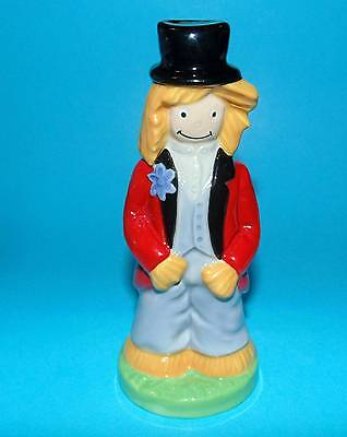 WADE ornament Figurine ' Pa Straw ' 1st Quality boxed +cert LTD ED