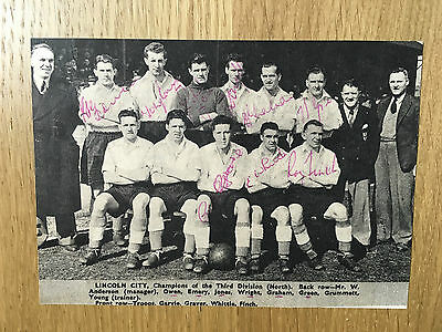 Superb Lincoln City signed team picture Division 3 Champions autographs 1951/52