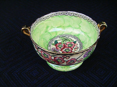 Vintage attractive Maling small green lustre flower bowl with handles