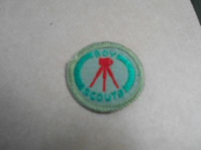 (Rq2-R) Photographer  Scouts Canada Proficiency Badge   Bound Silk/white Back