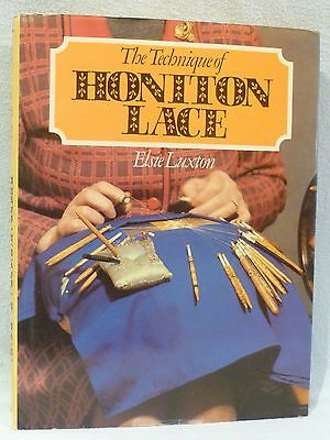 """Hardback Book The """"technique Of Honiton Lace"""" By Elsie Luxton"""