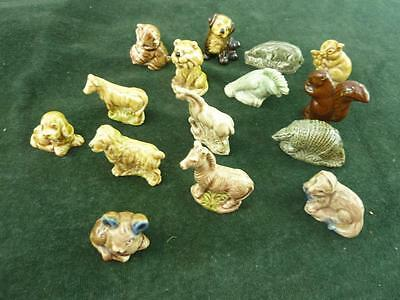 A Nice set of 15 Vintage Wade Whimsies Dog Mole Parrot Otter Zebra Cat Horse # H
