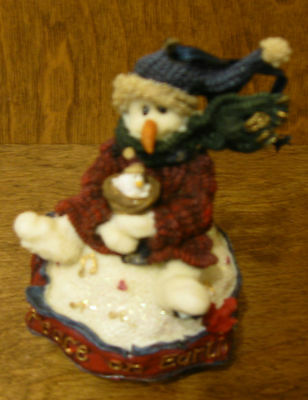 "Boyds Ornament(s) #25655 ROBIN...PEACE ON EARTH, 4"" New/Box From Retail Store"