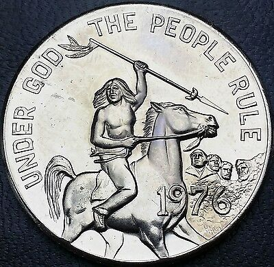 1976 South Dakota Souvenir Dollar - Under God the People Rule - Mint Condition