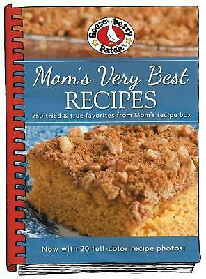 Mom's Very Best Recipes by Gooseberry Patch Hardcover Book