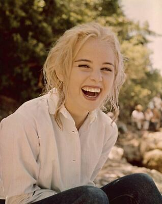 Sue Lyon laughing on set Night of the Iguana 5x4 ORIGINAL Transparency Slide