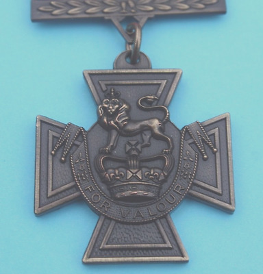 Victoria   Cross      Reproduction / Copy      Full  Size  Medal      Unused