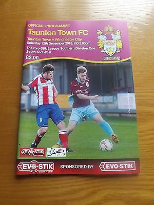 TAUNTON TOWN v WINCHESTER CITY - Southern Lge 2015/16