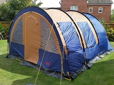 Tunnel Tent 4 - 6 person Messager Family Tent.