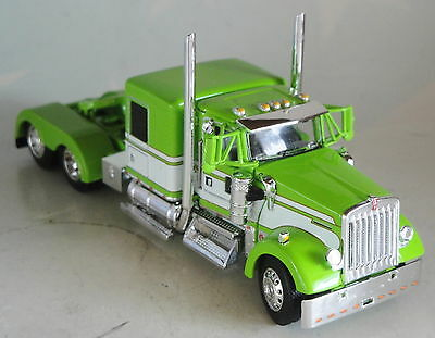 "Dcp Kenworth W900 60"" Lime Green White Flattop Cab Only 1/64 Diecast 33465"