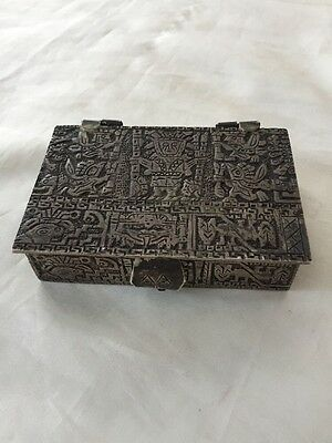 Vintage Peru 900 Coin Silver Trinket Jewelry Snuff Box Artist Signed 238 Grams