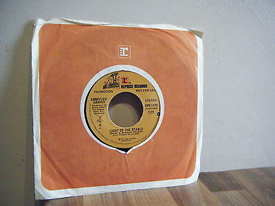 DEMO SINGLE.country.EMMYLOU HARRIS.1975.LIGHT OF THE STABLE.rock.PROMO.reprise