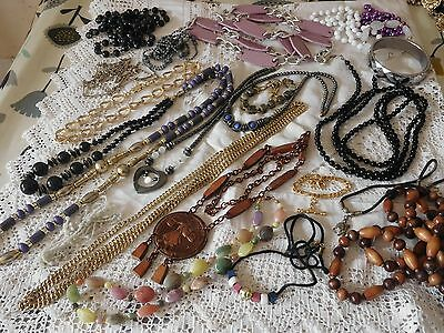 Lovely Huge Job Lot of Vintage 1950s/60s/70s/80s Costume Jewellery