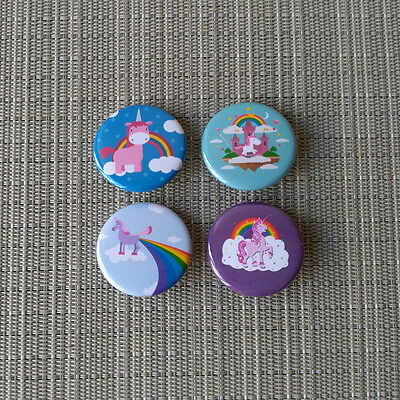 4 Stück Einhorn / Unicorn  Button / Pins / Badge / 1.25 Inch / 32 mm / Top / Rar