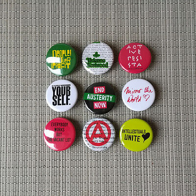 9 Vivienne Westwood / Worlds End Button / Pins Badges / 1.25 Inch / 32 mm / Rar