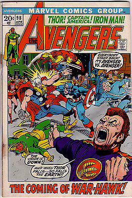 THE AVENGERS Vol1 # 98 - BARRY SMITH - MARVEL CENTS 1972 - FN