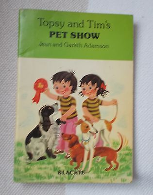 Childrens Book - TOPSY and TIM'S - Pet Show - 1976 - Blackie - p/b