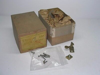 20 Vintage Antique Ives #237 Brass Elbow Window Catches In Box