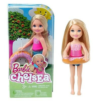 Barbie - Family Doll Chelsea and Friends - Beach Fun with Chelsea