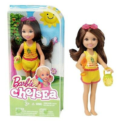 Barbie - Family Doll Chelsea and Friends - Beach Fun with Madison