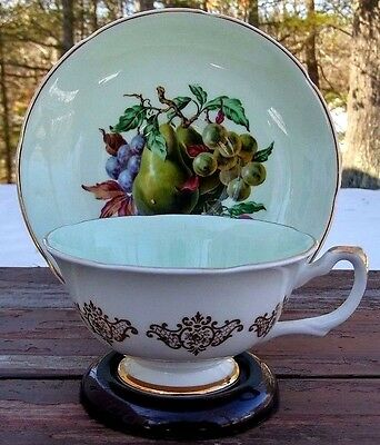 ROYAL GRAFTON - FINE BONE CHINA TEA CUP & SAUCER - FRUIT on MINT GREEN - ENGLAND