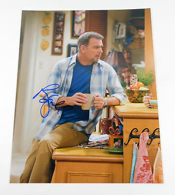 Bill Engvall Signed 11 x 14 Color Photo Pose #2 Auto