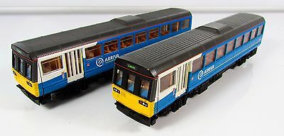 OO Gauge Hornby Class 142 090 2 Car DMU ARRIVA Loco UNBOXED (R2700)